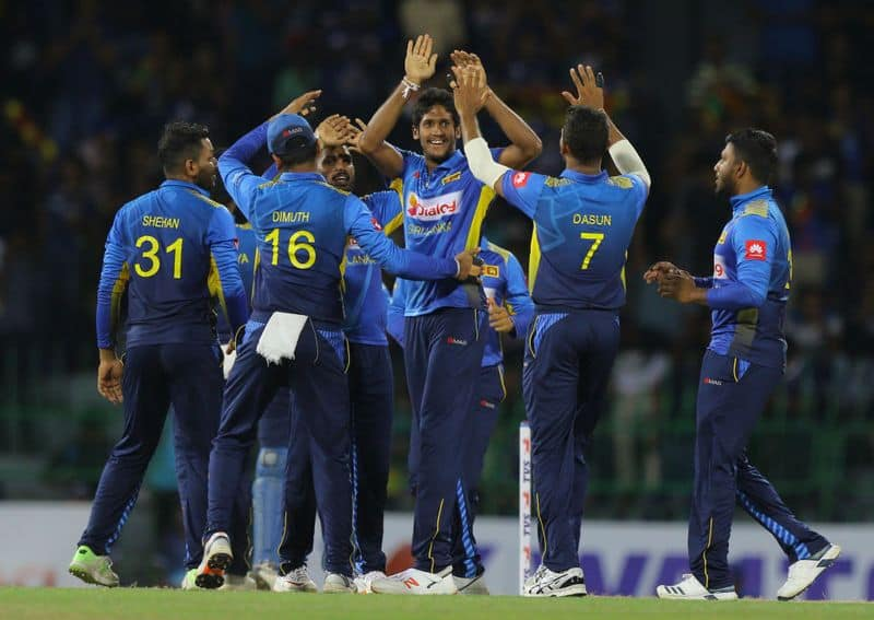 sri lanka beat west indies by 161 runs in second odi and win series
