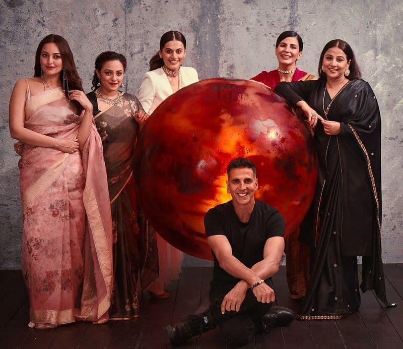 Akshay Kumar's Mission Mangal hits double century, mints over Rs. 200 crore