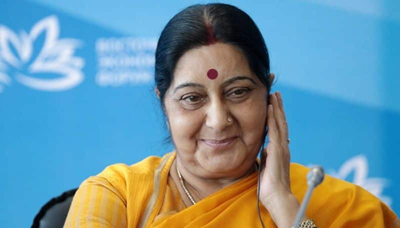 When Sushma fought with sonia gandhi in bellary election,on 'foreign daughter-in-law'