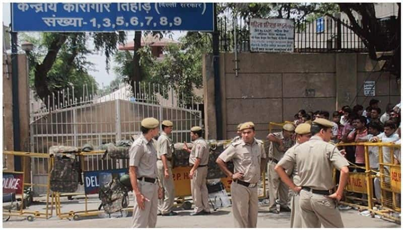 Girlfriend was dating a lover serving life sentence in Tihar jail