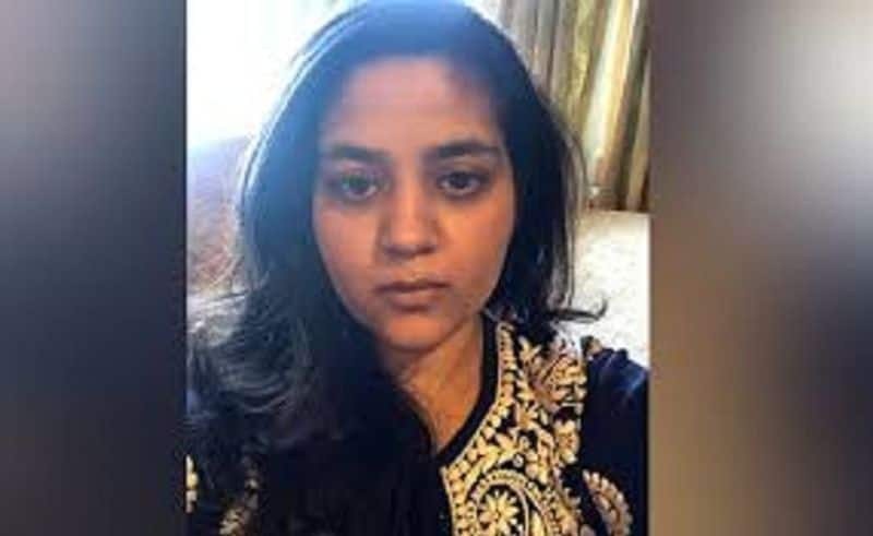 Mehbooba Mufti's daughter wrote a letter to the home minister, saying she was imprisoned like animals