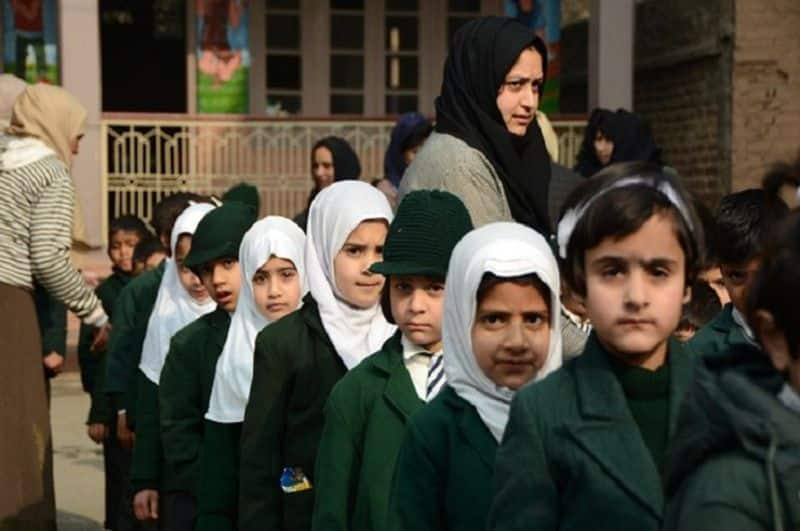 Schools to open today in Srinagar amid tight security, but mobile and internet services closed