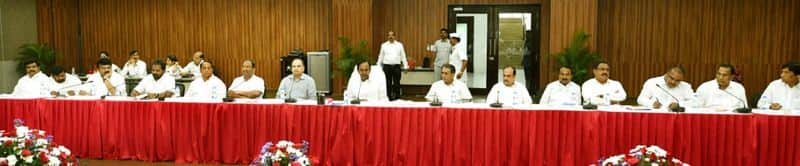 telangana cm kcr review meeting on TSRTC Strike at pragathi bhavan