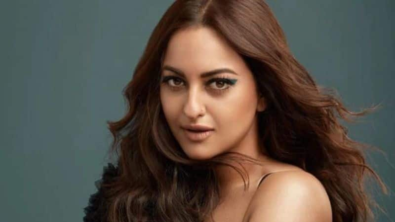 Sonakshi Sinha to help raise funds for PPE kits for health care workers