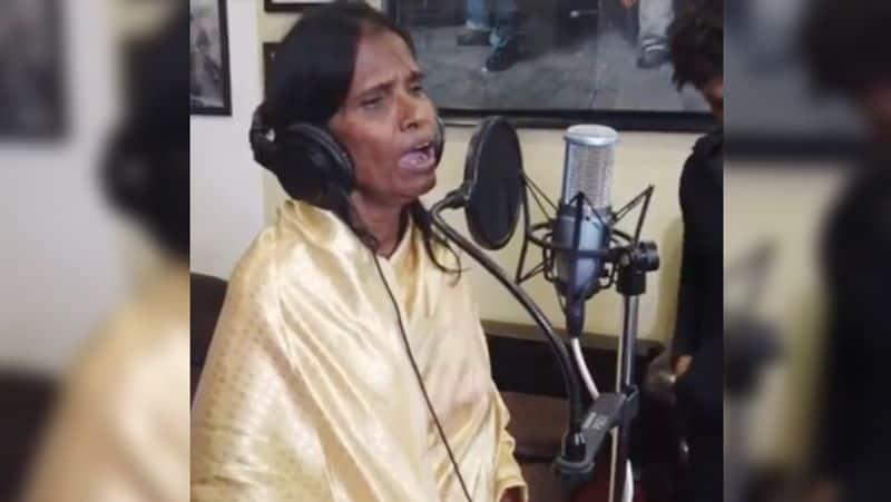 Ranu Mondal from Kolkata railway station to sing for Himesh Reshammiya's next