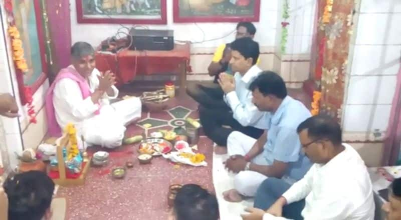 Police superintendent gives message for communal harmony in lalitpur uttar pradesh