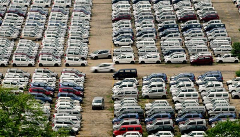 Centre looks to cut GST rates as car sales slump persists in August