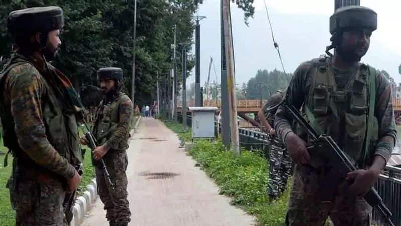 Pakistan resorts to firing mortar shelling in Jammu Kashmir Poonch district