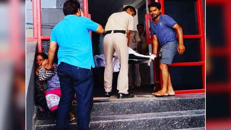 couple committed suicide in a hotel in Faridabad,  man was a prisoner of murder