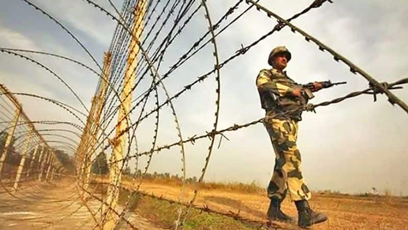 Indian Army retaliates after Pakistan kills two soldiers, one civilian in ceasefire violation