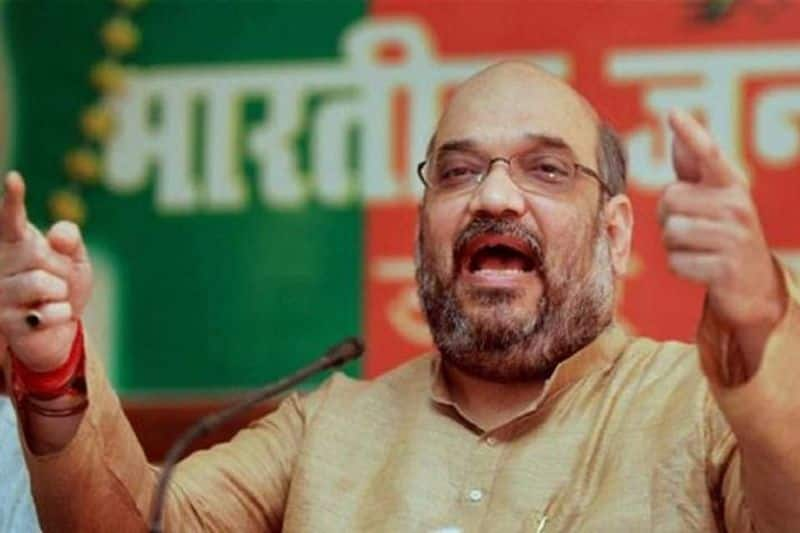 Home minister Amit shah on pakistan and rahul gandhi relations