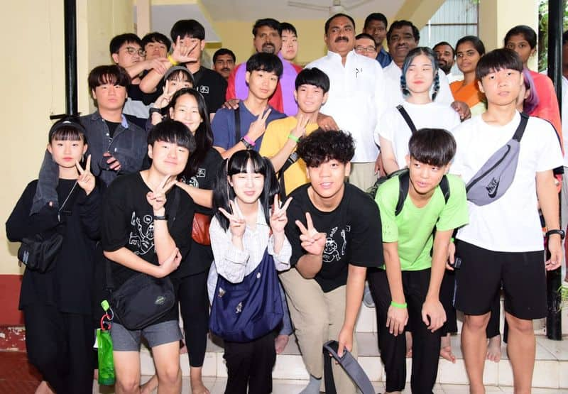 south korea students meet telangana minister errabelli dayakar rao