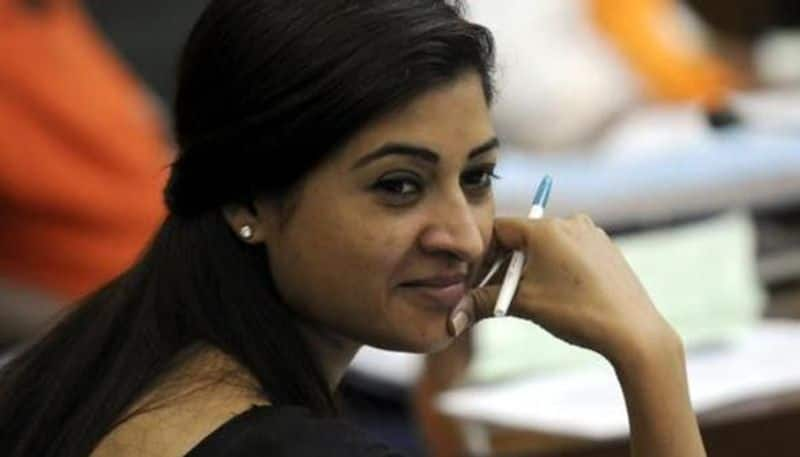 AAP MLA Alka Lamba meets Sonia Gandhi, likely to join Congress; setback for Delhi govt
