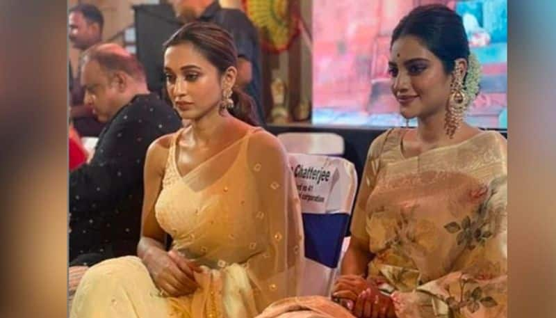 mimi chakraborty and nusrat jahan pray for mamata banerjee BJC