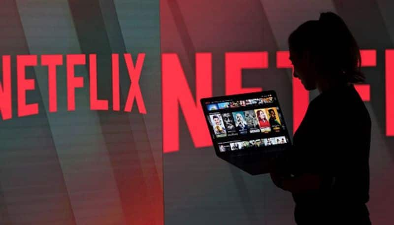 Netflix loses 'Friends', 'The Office',  catches 'Seinfeld'