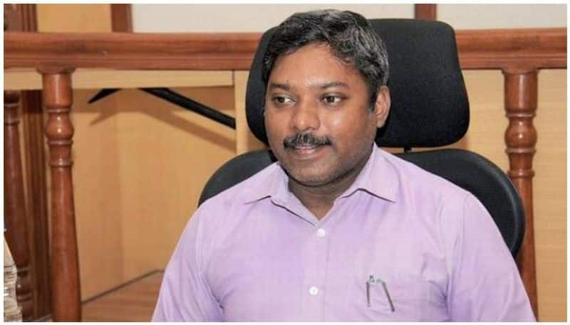 Karnataka IAS officer Sasikanth Senthil resigns over lack of freedom to express
