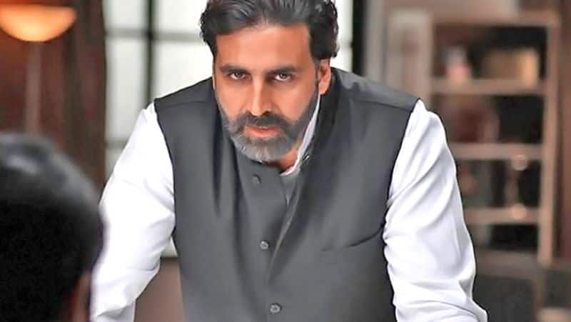 Akshay Kumar's act caught netizens' attention, gets trolled
