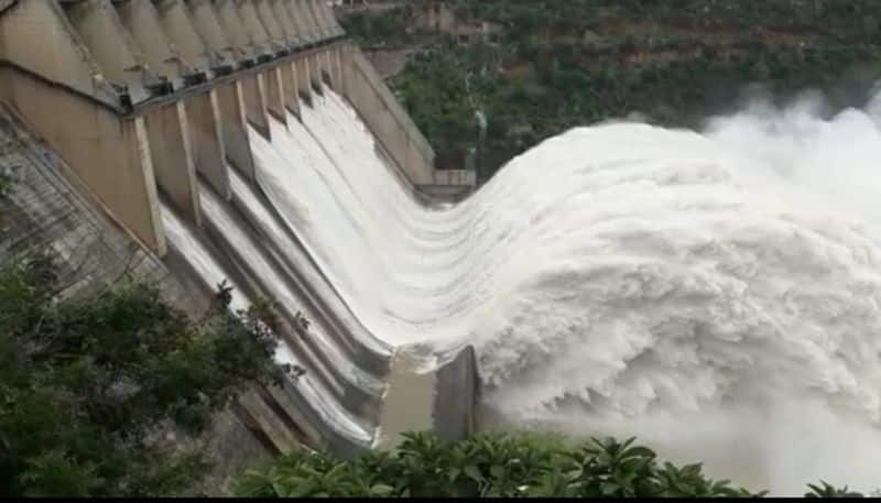 three crest gates of srisailam project lifted