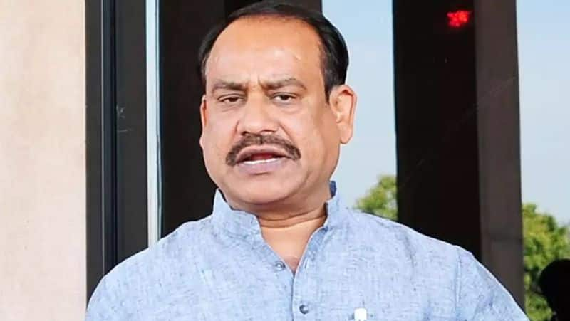 Lok Sabha speaker Om Birla gets upset with drunken youth in train