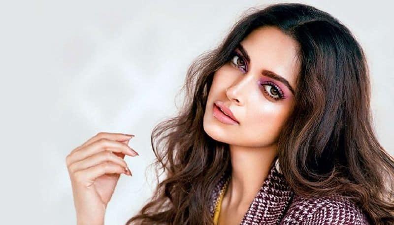 Deepika Padukone gets trolled for being 'hypocrite', working with #MeToo accused