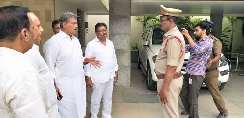 Guntur tense as Chandrababu Naidu calls for rally to protest YSRCP attacks on TDP workers