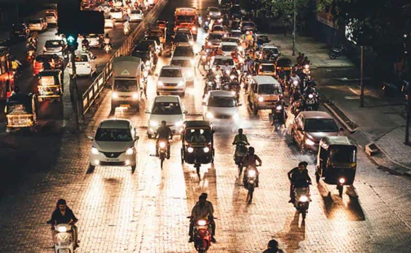Odd-even back in Delhi: While BJP calls it 'odd', AAP hopes traffic would even out with its alternate plan