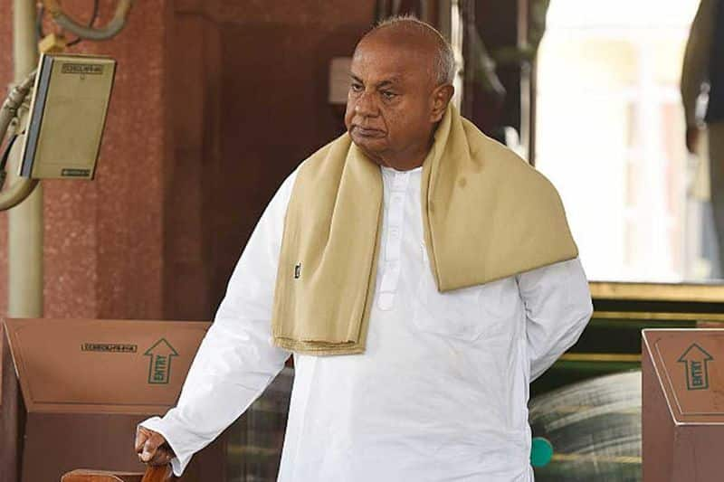 Former PM, JD(S) supremo HD Deve Gowda discharged from hospital, clinically stable-dnm