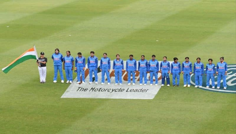 Indian women cricketer offered mony to fix matches