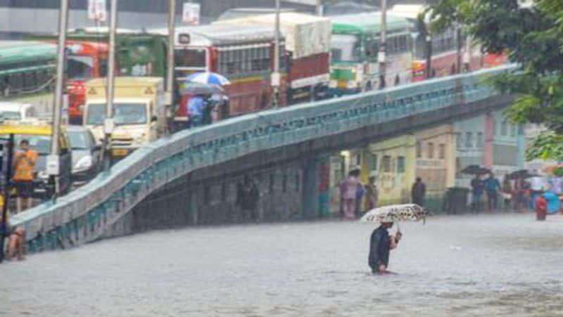Man Falls Down Manhole in nagole due to heavy rain
