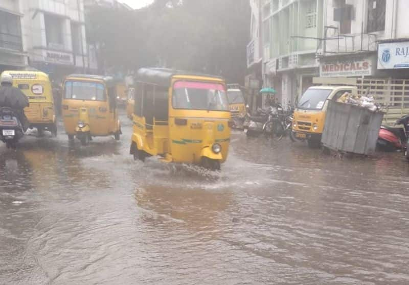 Hyderabad receives up to 6 cms of rain leaving Cyberabad are areas water-logged