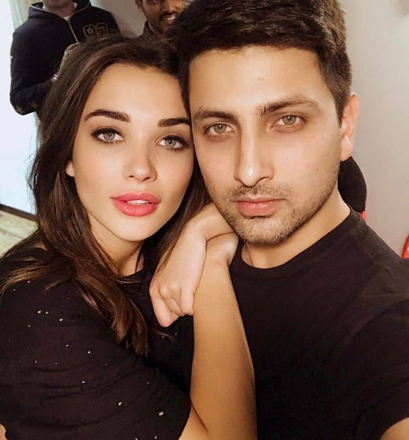 Amy Jackson delivers baby boy Andreas, George Panayiotou couldn't look happier