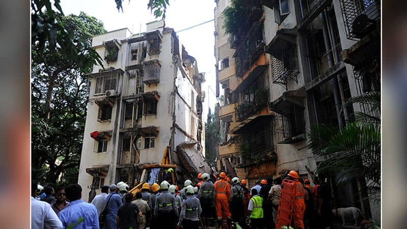At Least 7 Dead In Maharashtra's Thane After 5-Storey Building Collapses - bsb