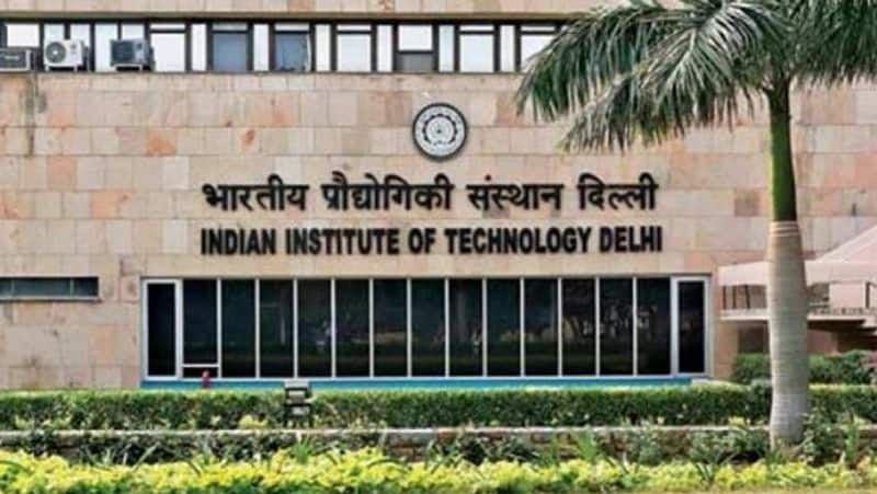 IIT Delhi offers RT-PCR test at discounted price