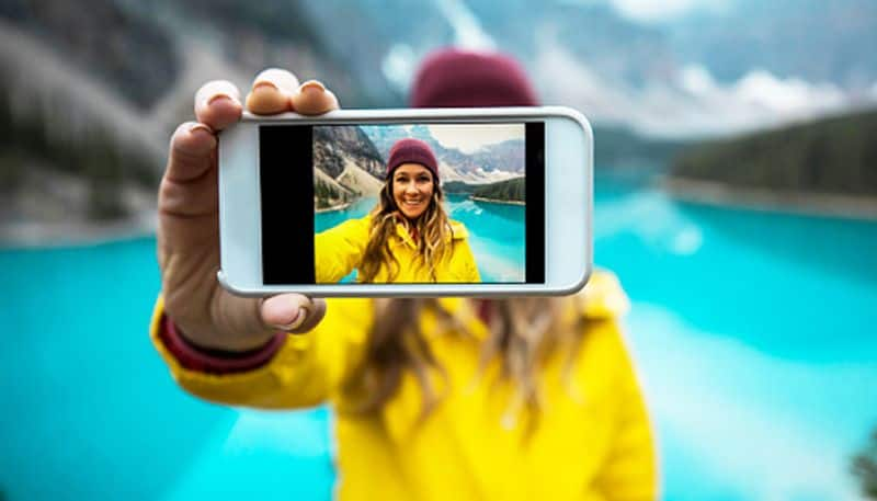 World Tourism Day: Here's why you should try digital detox while traveling