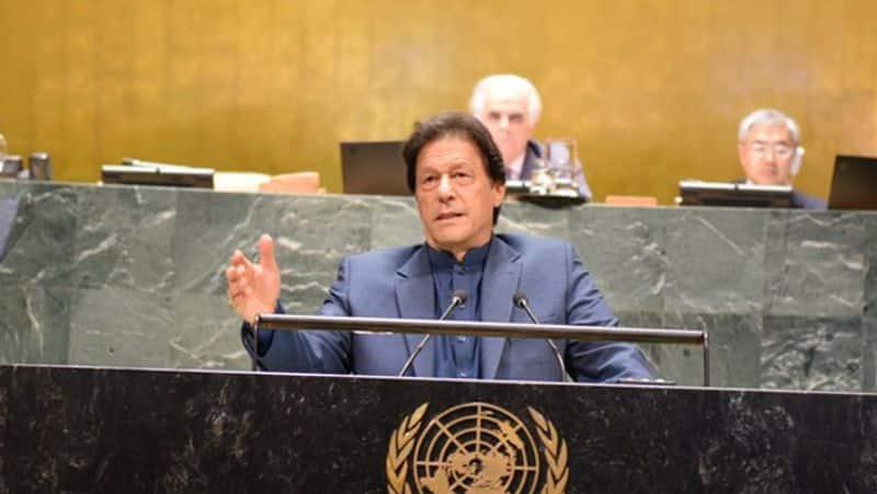 pakistan prime minister imran khan fires on Pm narendra modi