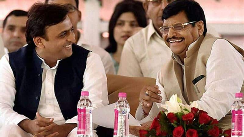 Akhilesh will be able to declare Shivpal as 'Bahubali' by taking Ram Gopal and Azam's power!