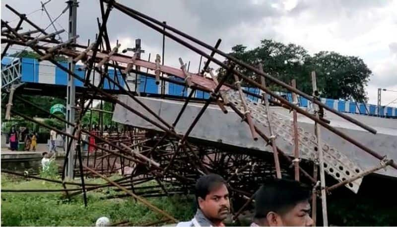 Concrete shed collapsed at Shalimar station