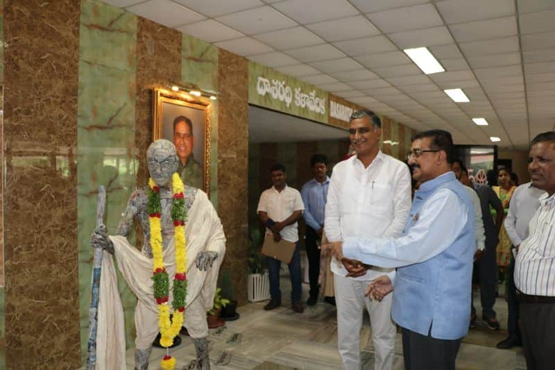 Gandhi statue with waste paper at hyderabad, launched by ts minister harish rao