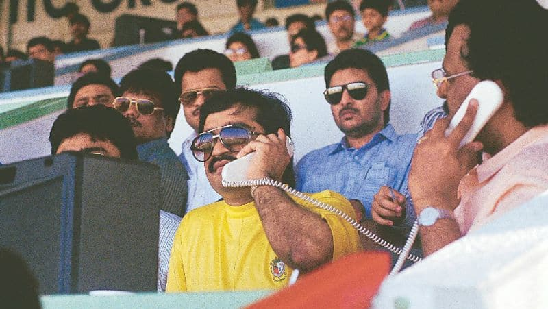 Agents at high risk: Who in 1994 helped Dawood Ibrahim get away so many times?