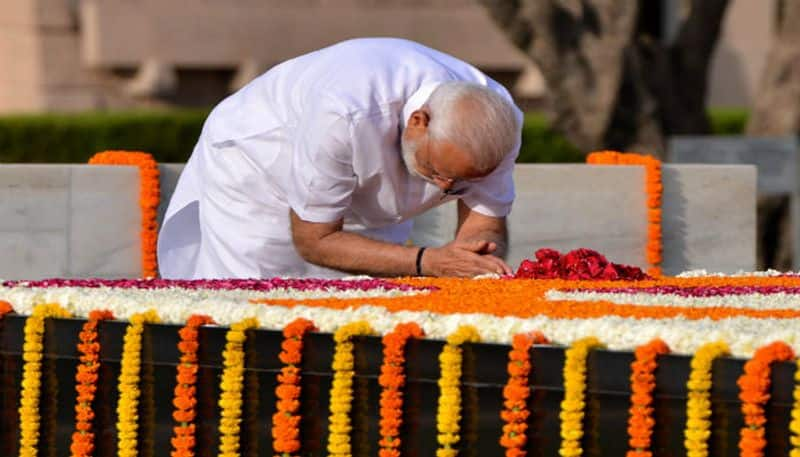 """Gandhi Jayanti: PM Modi pays tribute to father of nation in New York Times, proposes """"Einstein Challenge"""""""