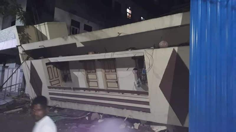 Heavy Rain Effect:collapsed old building in hyderabad