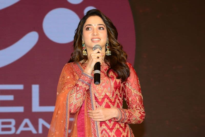 Tamannaah Shocking Comments on Ram charan