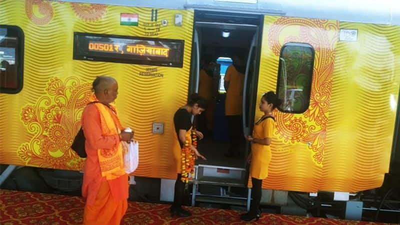 First private train of railway Tejas Express has made profit 70 lakh till October