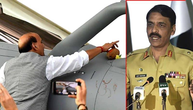 While Congress denounces #RafalePuja Paksitan army spokesperson defends it