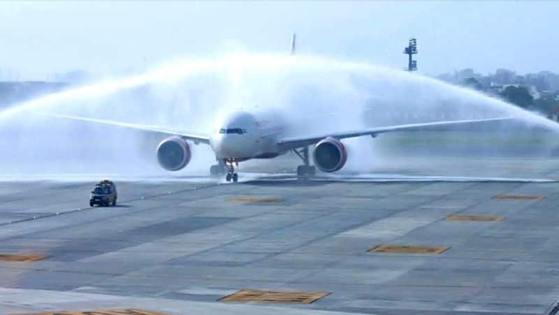 Cargo Flight landed first time in Indore,got water salute