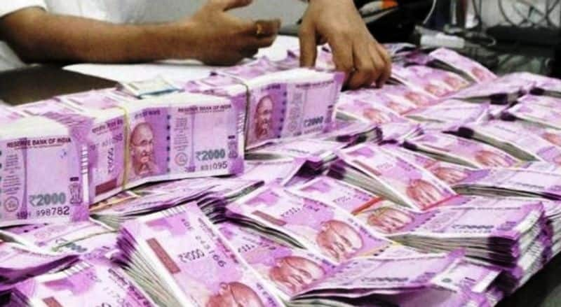 I-T department busts Rs 3,300-crore hawala racket involving infrastructure firms