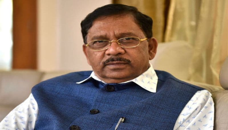 4 Crores Cash Found In Raids On Karnataka Congress Leader