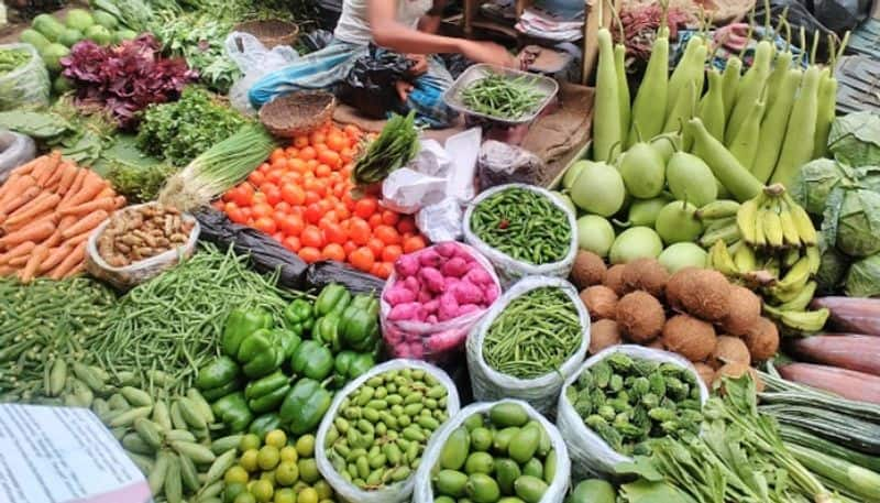 Thieves change the trend of theft, clean hands not on gold, silver but onion, tomato and garlic