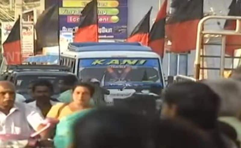 banner is not used in nanguneri and vikravandi election