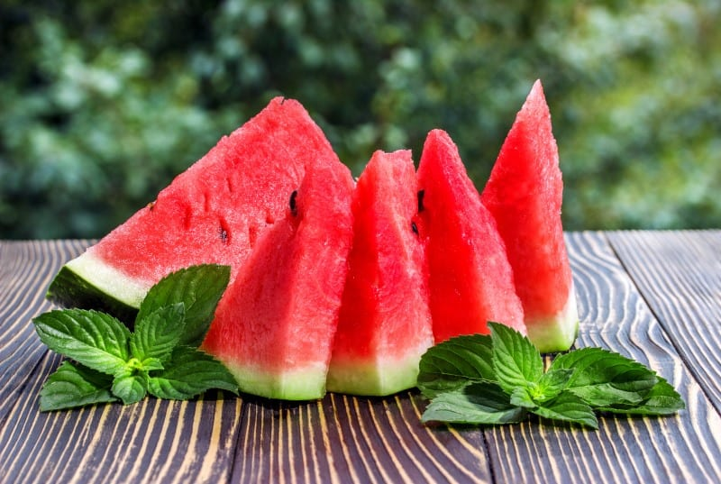 eating these fruits may help you lose weight and stubborn belly fat
